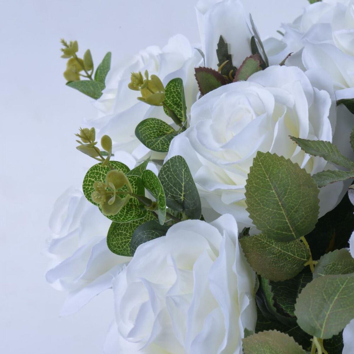Arranjo de Rosas Brancas Moon Light