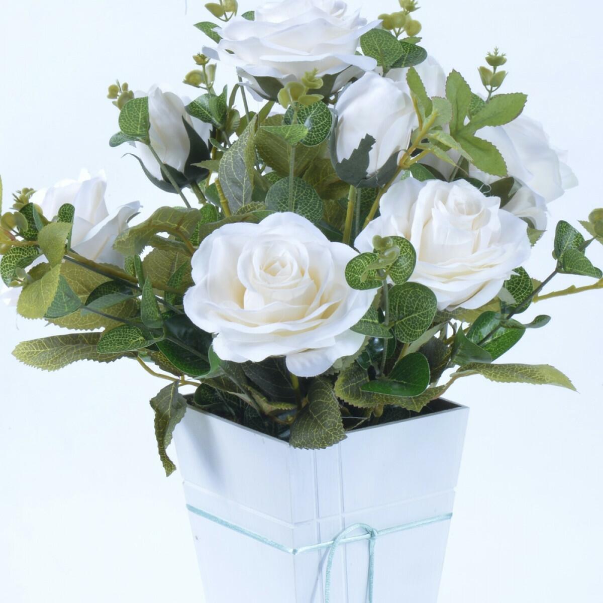 Arranjo de Rosas Off White